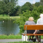 Altenbericht, Das Alter älteres Paar auf der Parkbank
