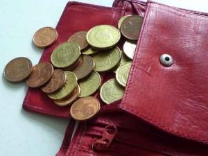 Weltverbrauchertag Portemonnaie mit Kleingeld