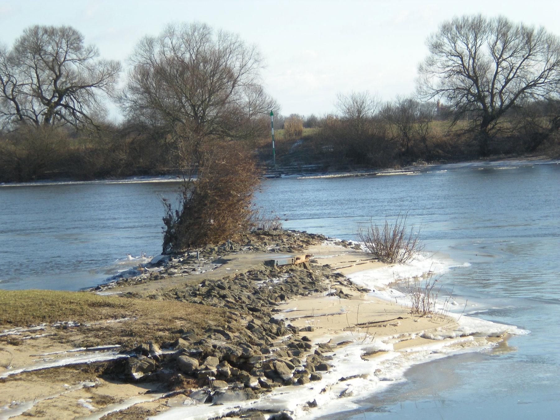 Weserufer im Winter