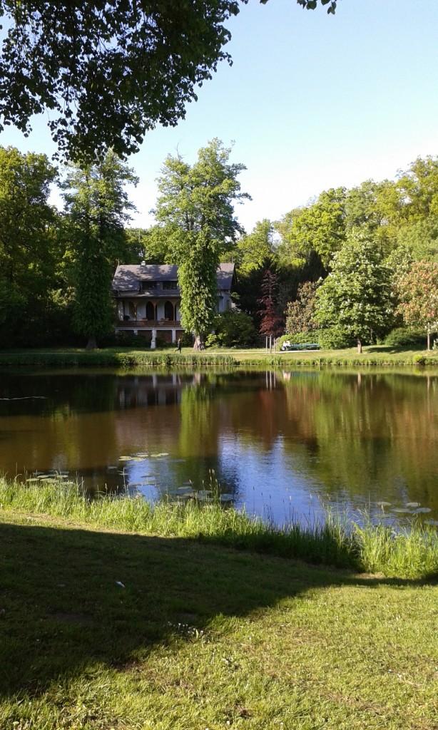 Haus am Wasserlauf