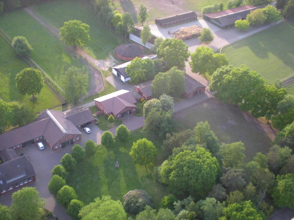 Luftaufnahme eines Bauernhofes