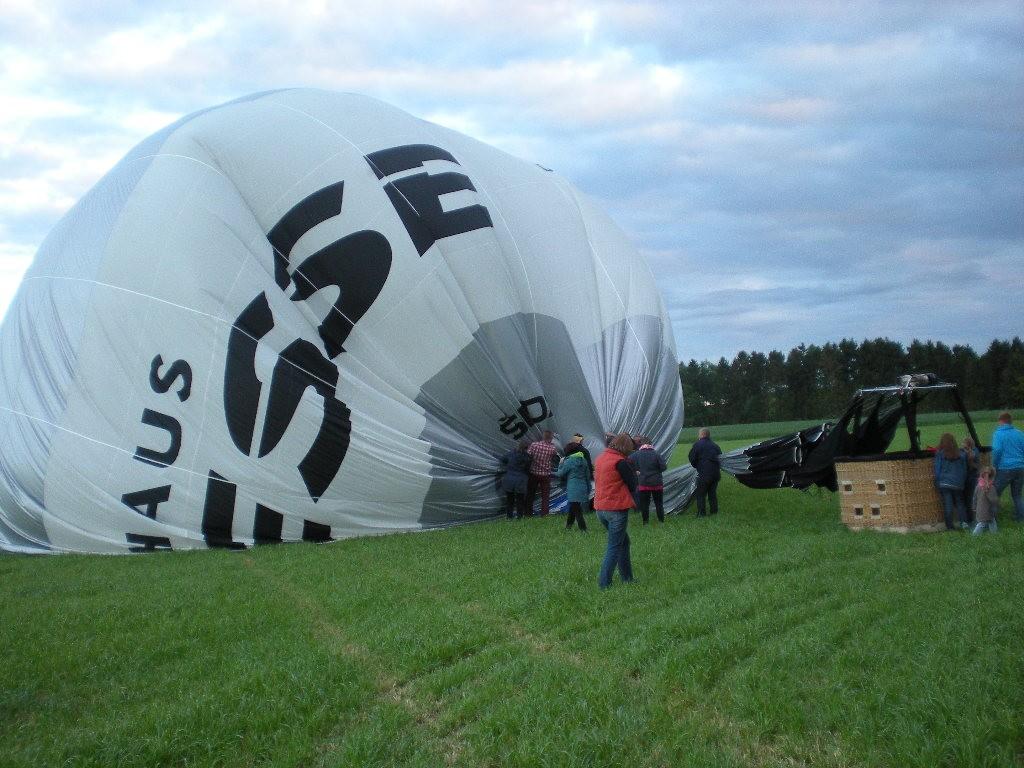 Ballon am Boden