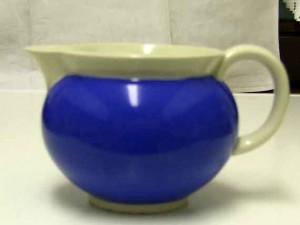 Blaues Milchkännchen