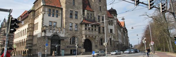 Gebäude der Zentralbibliothek im Ausschnitt