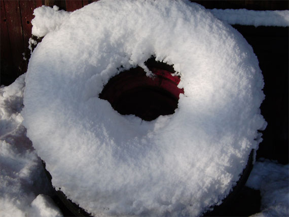 Reifen mit Schnee