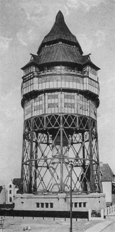 Der ehemalige Wasserturm in Bremen-Walle. 1905 errichtet und 1944 bei einem Bombenangriff zerstört.