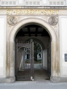 Eingang zum St. Rembertistift