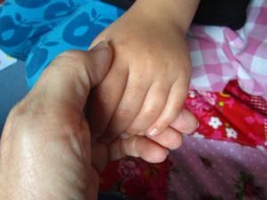Junge und alte Hand