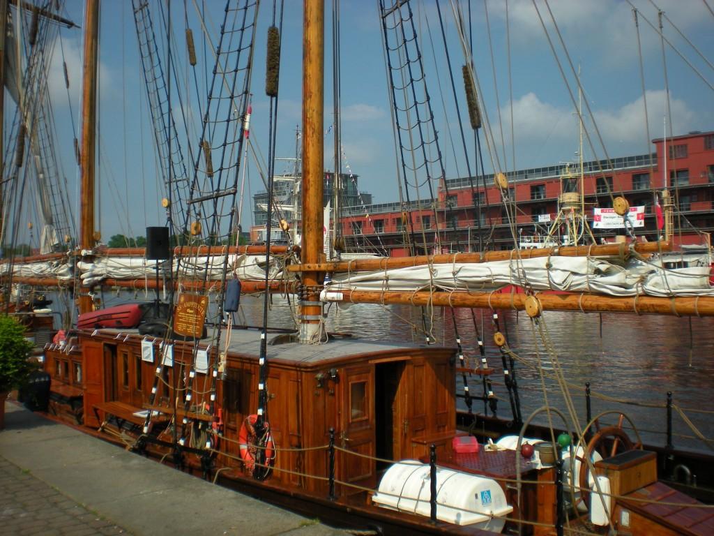 Aufbauten eines Segelschiffes