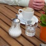 Alte Fundamt, Kaffeetasse mit Zuckerstreuer