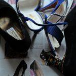 auf hohem Fuss unterwegs, Verschiedene Schuhe mit hohen Absätzen
