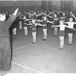 Sport Mädchenklasse bei der Gymnastik