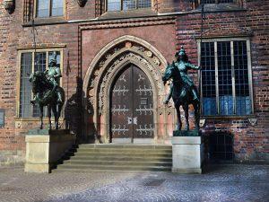 Zwei Reiter Reiterskulpturen