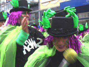 Samba-Karneval, Sambagruppe in Bewegung