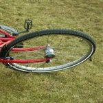 Barrierefreiheit, Fahrrad liegt am Boden