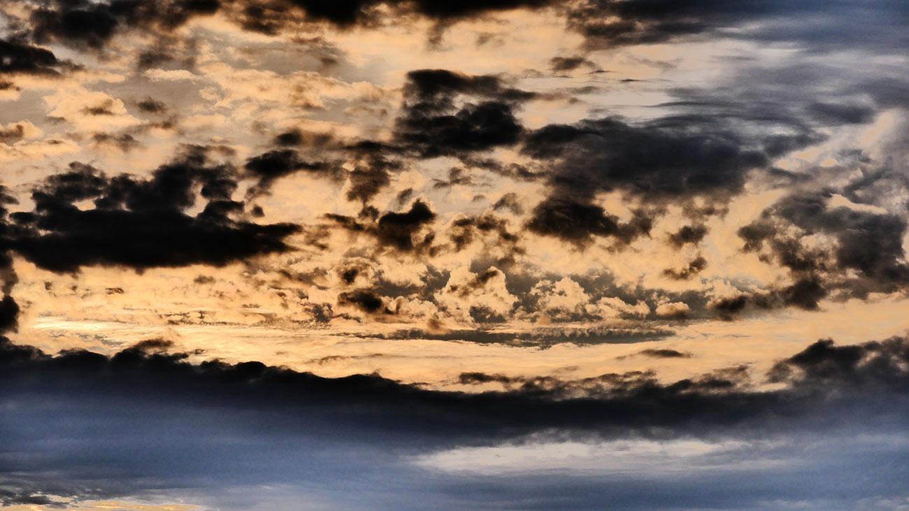 Abendrot mit Wolkenformation