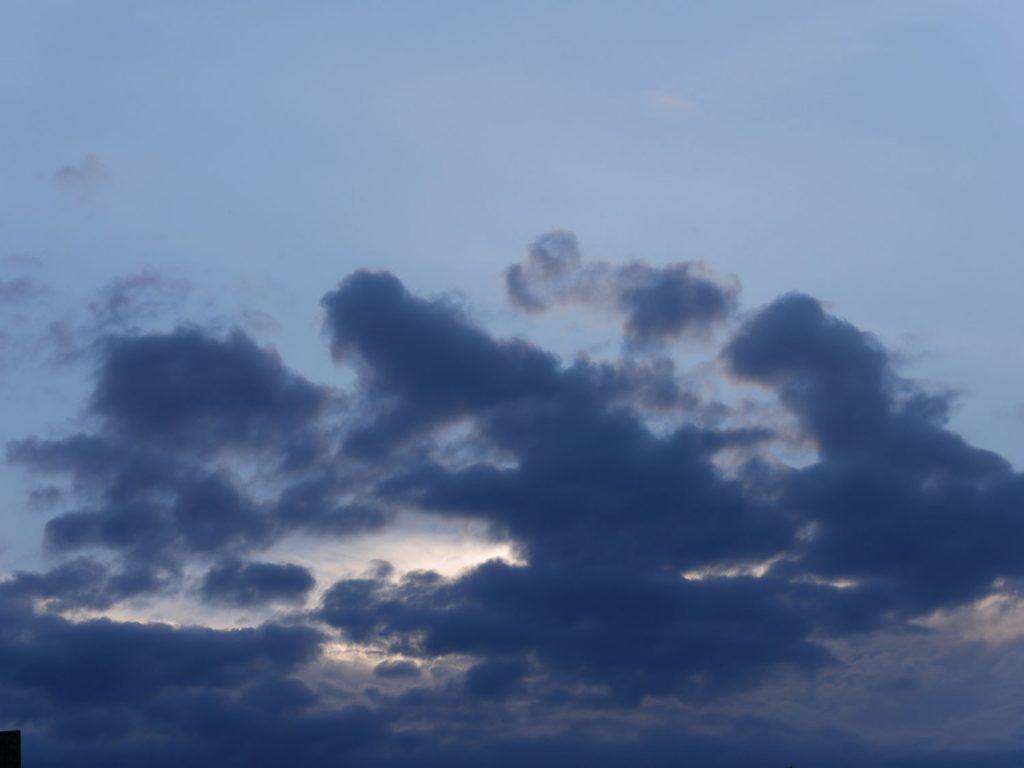 Dunkle Wolkenformation