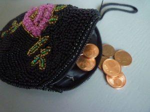 Geldbörse mit Centstücken